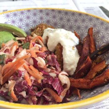 Falafel Salat close
